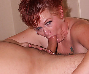 This horny mama loves getting it from behind