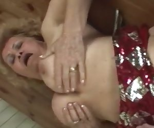 Kinky fat pussy granny sharing secret for staying horny all these years