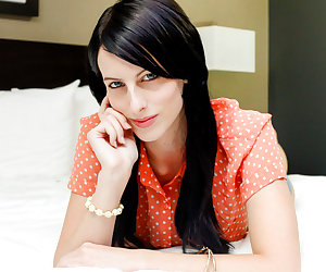 Curious About Porn (like eva green)