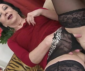 Naughty mature lady fucking her younger lover