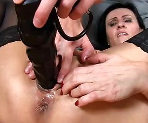Nice squirt and pussy gape of czech milf Marta