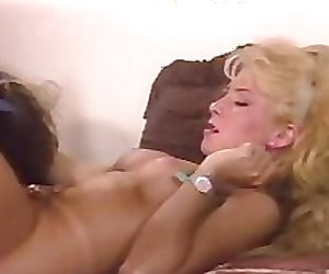 Eva Mendez teaching to masturbate!