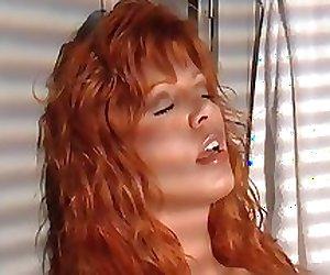Super sexy redhead babe rubbing