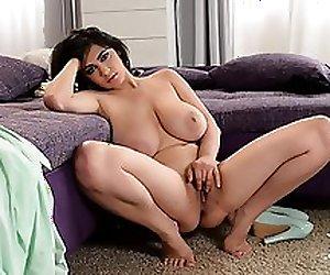 Horny housewife teaching sex
