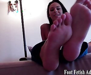 Suck my toes and pamper my perfect feet