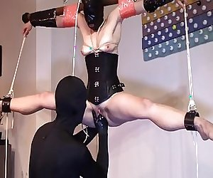 suspended girl fisting
