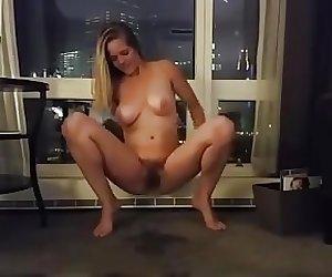 Hoe piss on carpet