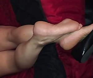 Maura's size 7.5 coked out soles